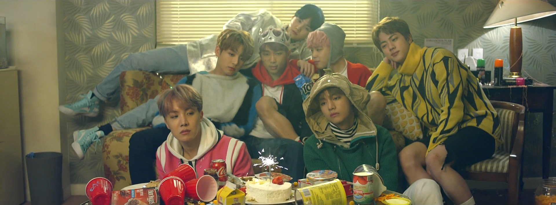 BTS Spring Day 방탄소년단 봄날
