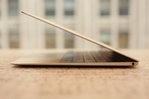 macbook-air-gold-900x600