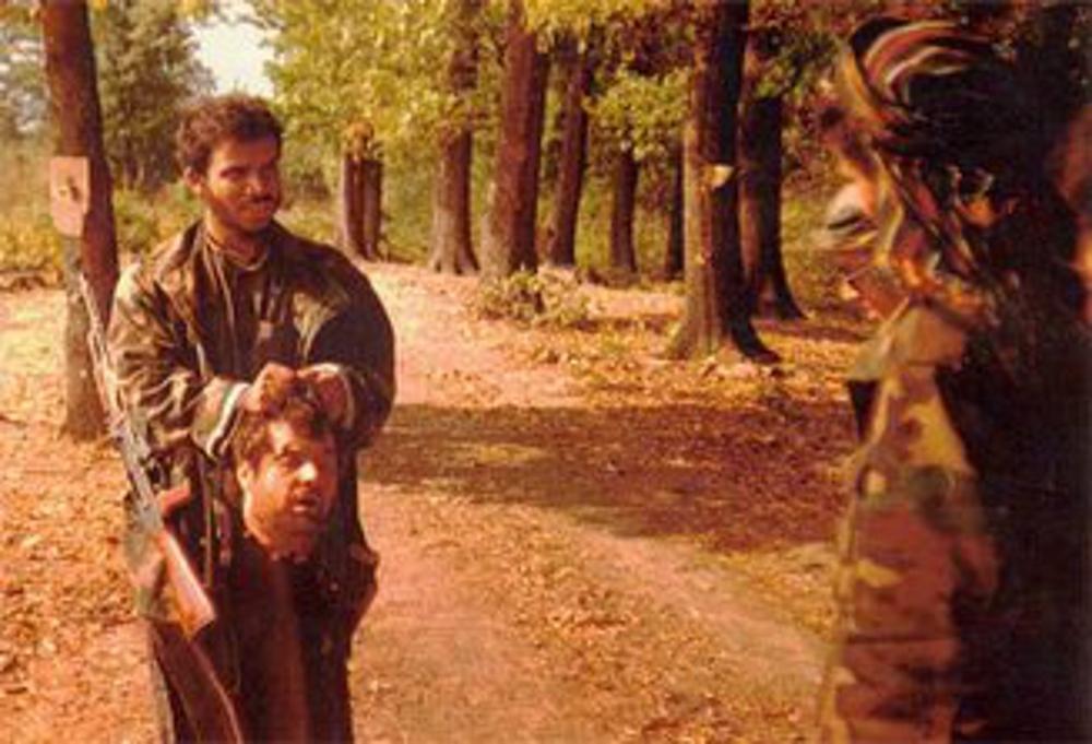 https://i2.wp.com/dbprng00ikc2j.cloudfront.net/work/image/202233/slide/Photo_of_Saudi_Arab_IslamistTerrorists_beheading_Serbs_in_Bosnia__1992.0.jpg