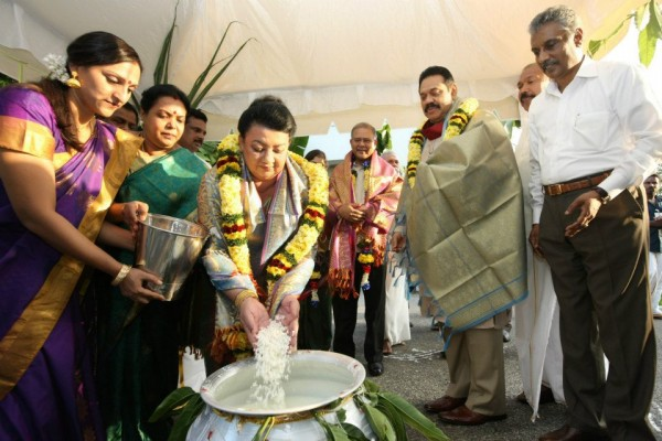 Celebrating Thai Pongal ~ Jan 2013~pic: facebook.com/PresidentRajapaksa
