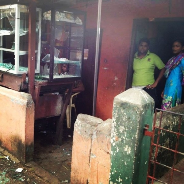 Houses damaged-pic courtesy of: twitter.com/azzamameen