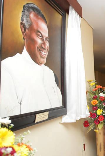 Portrait of  Saumiamoorthy Thondaman is unveiled at the Sri Lanka Parliamentary complex to mark 100th birth anniversary-news.lk-pic: Photo by: Chandana Perera