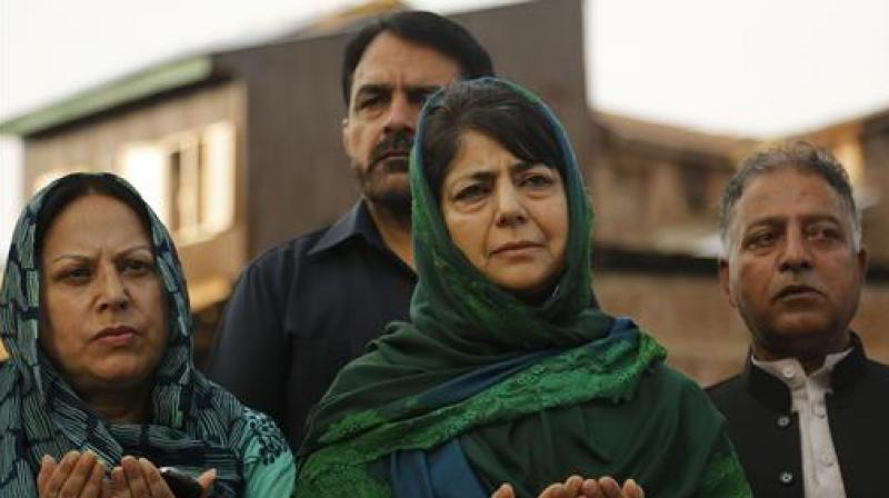 CM Mehbooba chaired the meeting, which was also attended by several ministers including Deputy Chief Minister Nirmal Singh, leaders from opposition Congress, independent MLAs and leaders of other political parties in the state. (Photo:AP)