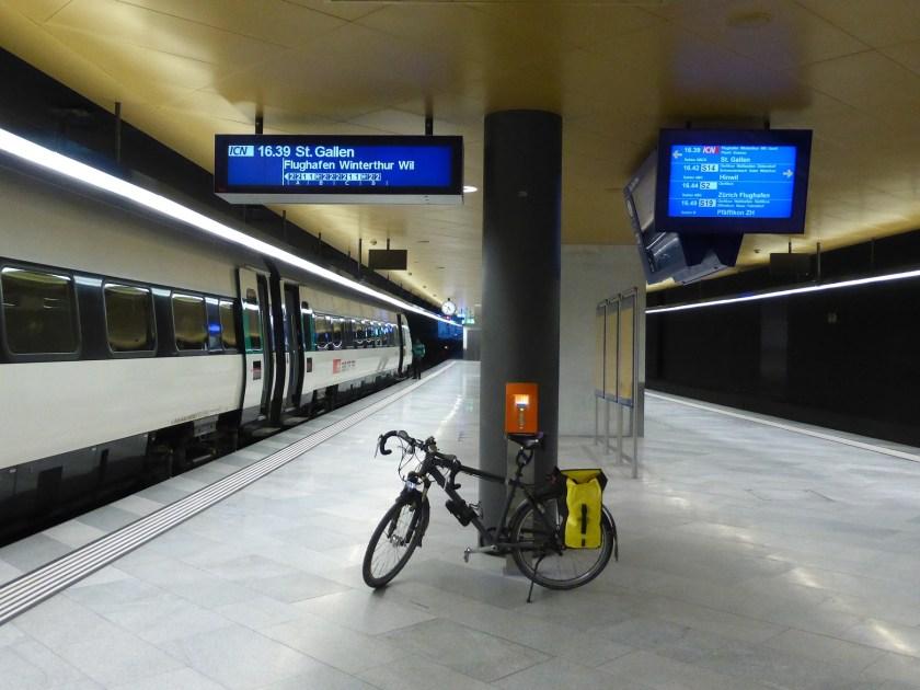 20151216-bahnhof-loewenstrasse