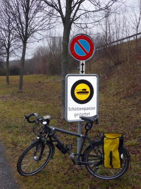 Ebenfalls interessant: Schützenpanzer dürfen hier parkieren?