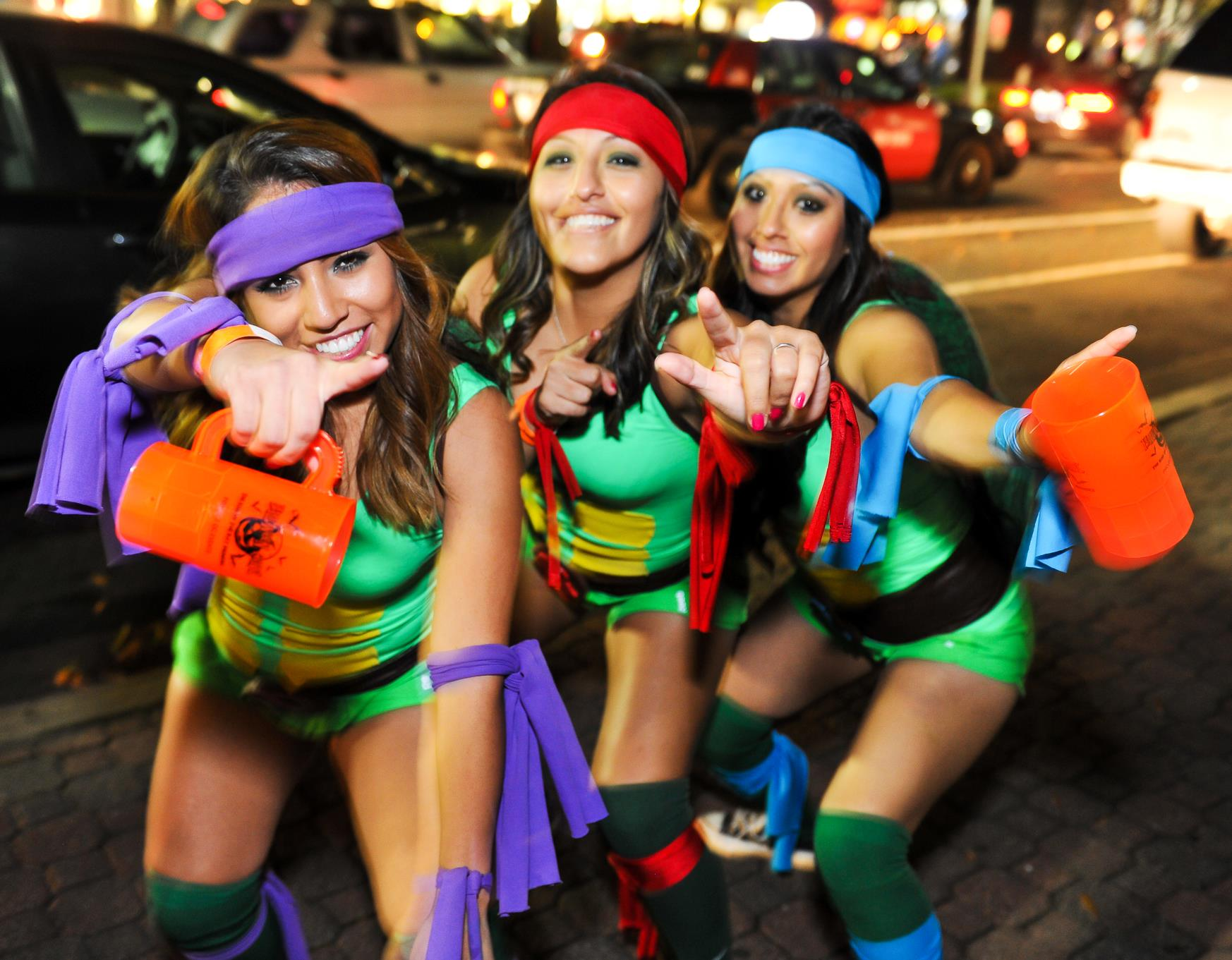 Here's Everything You Need to Know About the DC Halloween Crawl