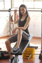 gal_gadot_workout_03