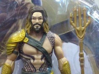 Aquaman_Action_Figure_01