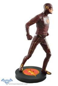 The_Flash_Statue_03