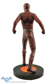 The_Flash_Statue_05
