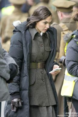 Gal_Gadot_Wonder_Woman_Set_06