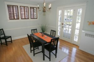 Staged dining room in a vacan home in Washington DC