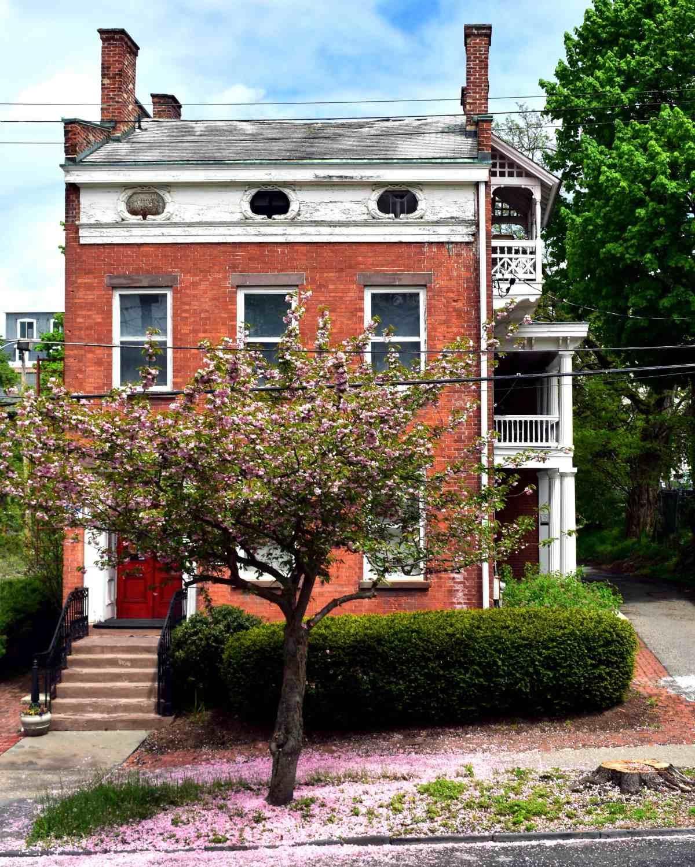 Barrett House Noxon Street