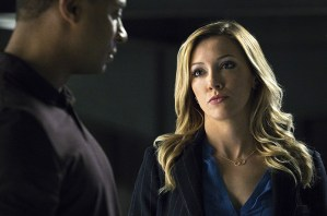 """Arrow -- """"A.W.O.L."""" -- Image AR411A_0124b.jpg -- Pictured (L-R): David Ramsey as John Diggle and Katie Cassidy as Laurel Lance -- Photo: Liane Hentscher/ The CW -- © 2016 The CW Network, LLC. All Rights Reserved."""