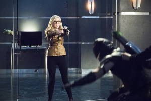 """Arrow -- """"Beacon of Hope"""" -- Image AR417b_0394b.jpg -- Pictured: Emily Kinney as Brie Larvan -- Photo: Dean Buscher/The CW -- © 2016 The CW Network, LLC. All Rights Reserved."""