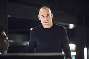 """Arrow -- """"Beacon of Hope"""" -- Image AR417a_0446b.jpg -- Pictured: Paul Blackthorne as Detective Quentin Lance -- Photo: Dean Buscher/The CW -- © 2016 The CW Network, LLC. All Rights Reserved."""