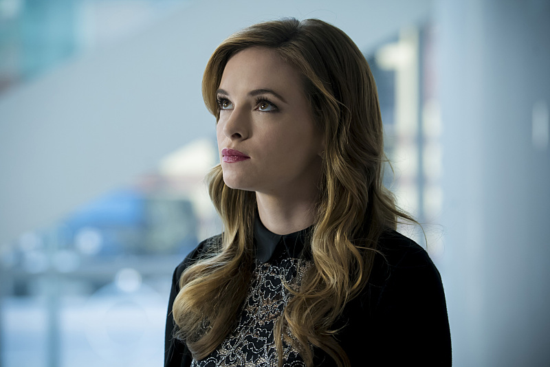 """The Flash -- """"Monster"""" -- Image FLA305b_0019b.jpg -- Pictured: Danielle Panabaker as Caitlin Snow -- Photo: Katie Yu/The CW -- © 2016 The CW Network, LLC. All rights reserved."""
