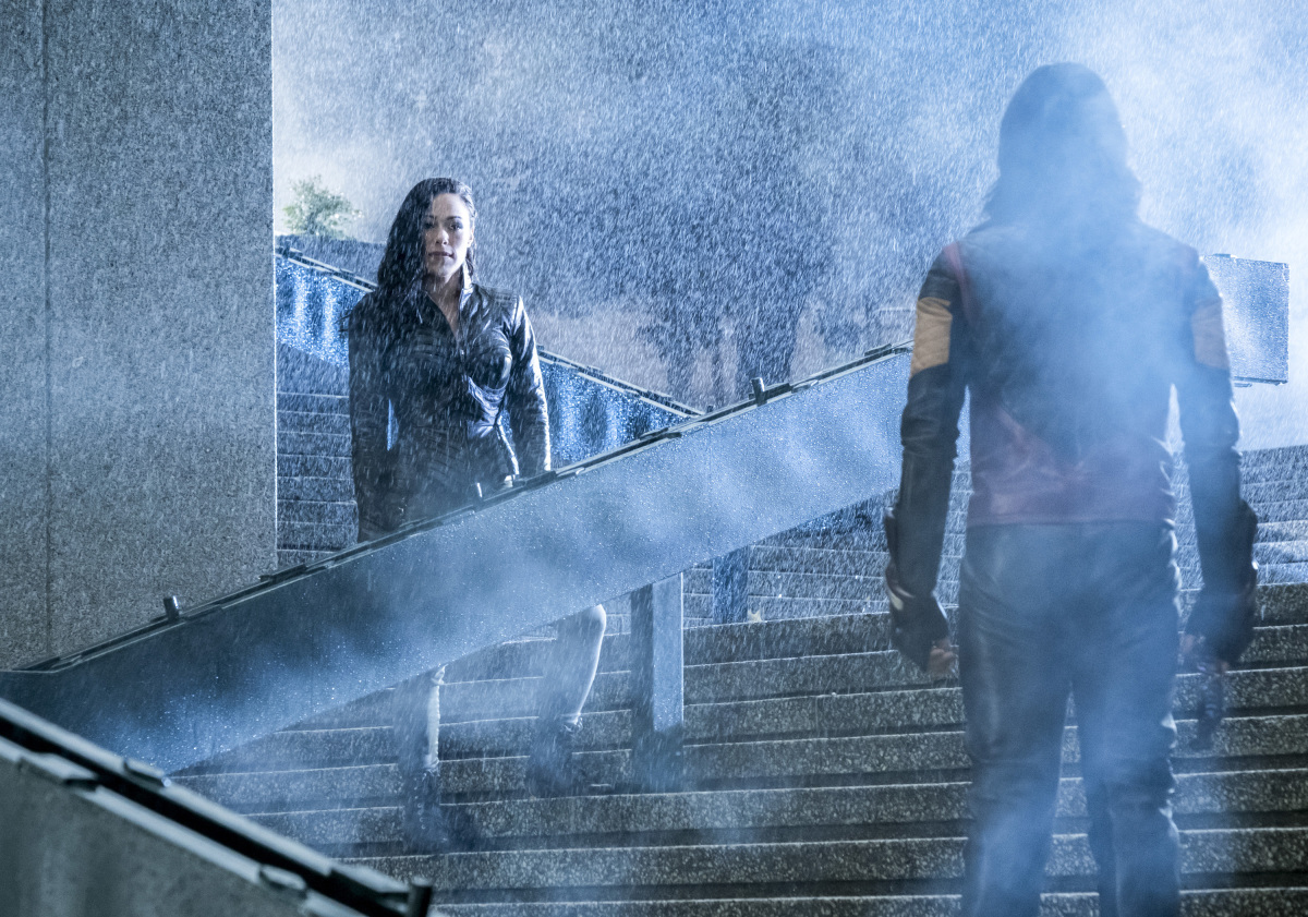 """The Flash -- """"Attack on Central City"""" -- FLA314a_0007b.jpg -- Pictured (L-R): Jessica Camacho as Gypsy and Carlos Valdes as Cisco Ramon -- Photo: Katie Yu/The CW -- © 2017 The CW Network, LLC. All rights reserved."""
