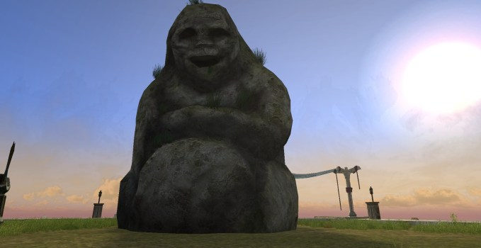 Statue d'Homme-púkel au visage heureux