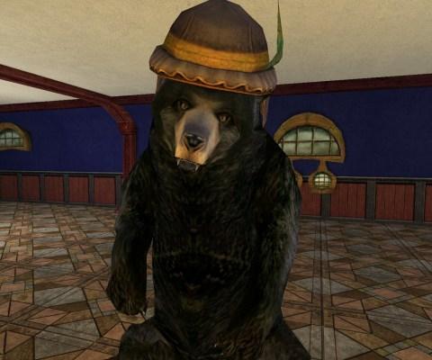 Ours noir avec chapeau de la Ligue des Tavernes