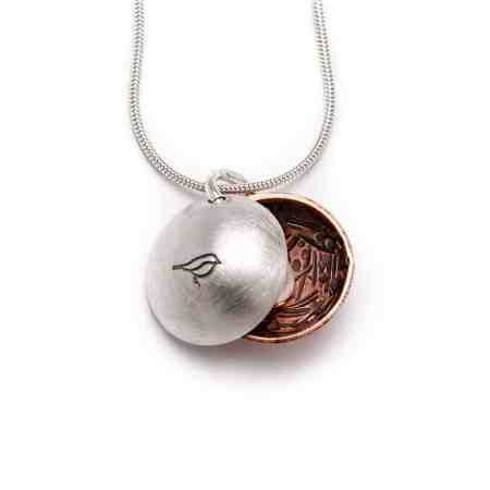 Nest Egg Necklace 3
