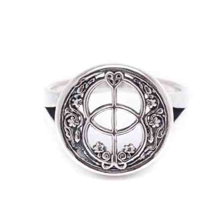 Chalice Well Cover Ring 1