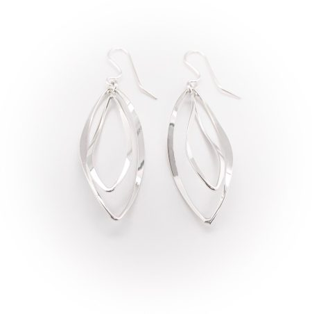 Dancing Wave Earrings 1