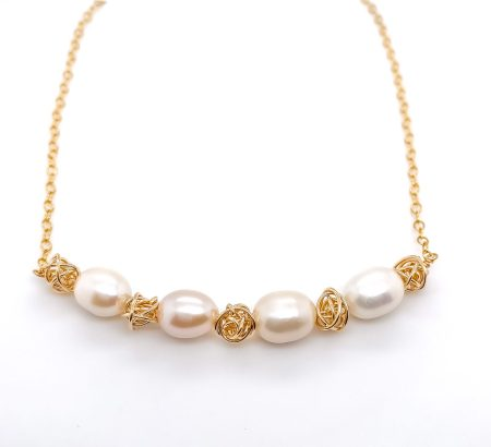Ball of Yarn Pearl Necklace 1