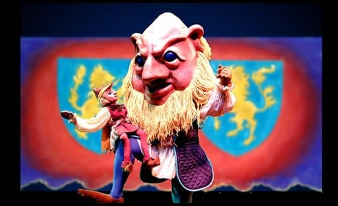 Jack and the Giant (Christopher Piper). Photo courtesy of The Puppet Co