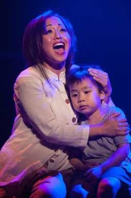 Diana Huey as Kim and Joel Chen as Kim's son Tam (Photo: Christopher Mueller)