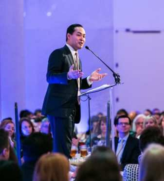 Keynote Speaker San Antonio Mayor Julian Castro -(Photo:  Yassine El Mansouri)