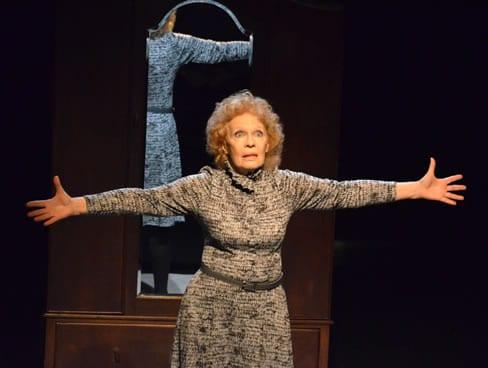 Nidia Telles (Photo: Teatro de la Luna)