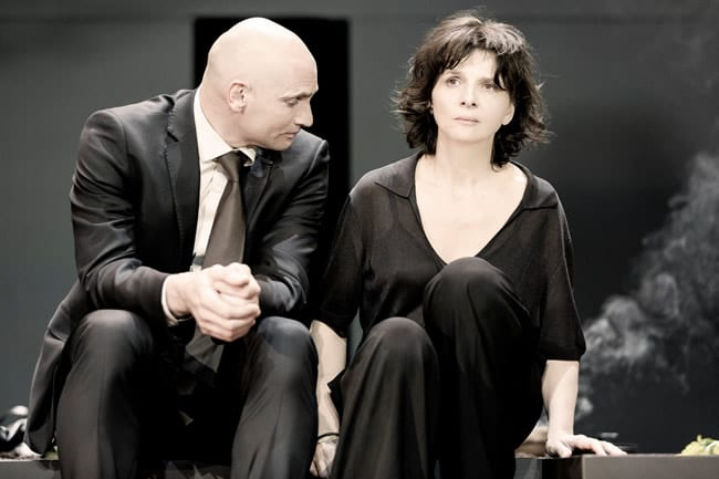 Patrick O'Kane and Juliette Binoche, in Antigone, directed by Ivo van Hove. (Photo: Jan Versweyveld)