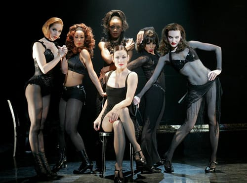 Terra C. MacLeod as Velma Kelly and the merry murderesses (Photo: Paul Kolnik)