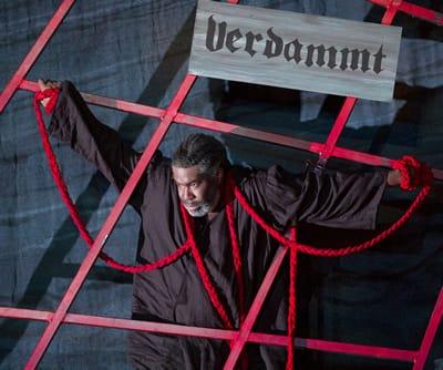 Eric Owens as The Dutchman. (Photo by Scott Suchman for WNO)