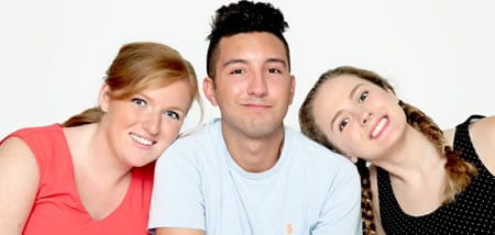 (l-r) Madeline Cuddihy, Rj Pavel, Kristin Cardinal in Family Portrait