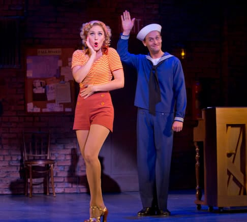 Marvi Davi and Danny Gardner in Dames at Sea (Photo: Jeremy Daniel)