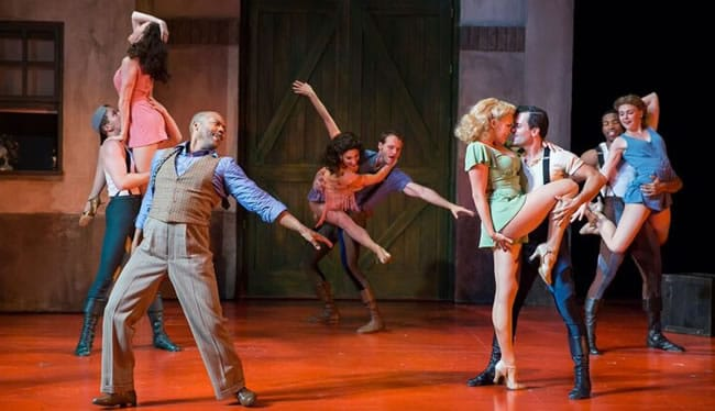 The Ensemble of Kiss Me, Kate at the Shakespeare Theatre Company. (Photo: Scott Suchman)