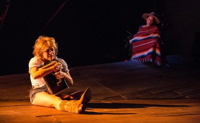 Verónica del Cerro (left) and Alina Collins-Maldonado (right) in El Paso Blue at GALA Hispanic Theatre (Photo: Rose Campiglia)