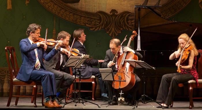 The St. Lawrence String Quartet (Geoff Nuttall, Owen Dalby, Christopher Costanza, and Lesley Robertson) and pianist Stephen Prutsman in the Bank of America Chamber Music Program at Spoleto Festival USA (Photo: William Struhs)