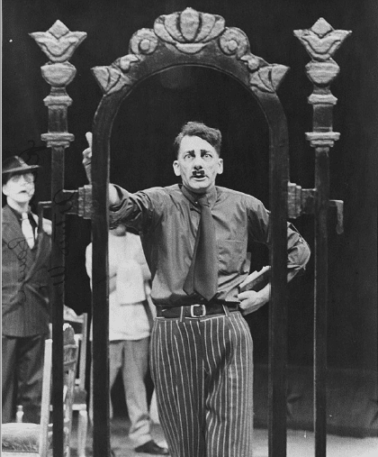 The Resistable Rise of Arturo Ui, Arena Stage, 1974: (left) Stanley Anderson, (center) Richard Bauer. (Photo: Arena Stage Records (C0017), Special Collections Research Center, George Mason University Libraries)