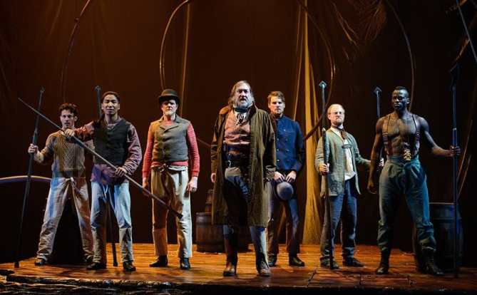 The cast of Lookingglas Theatre's Moby Dick at Arena Stage (Photo: Greg Mooney)
