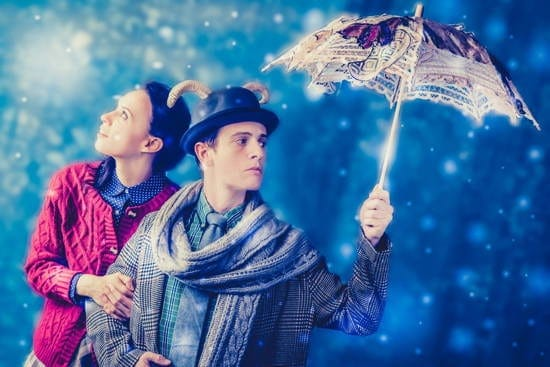 Audrey Bertaux and Christopher Dinolfo in The Lion, the Witch and the Wardrobe at Adventure Theatre MTC. (Photo: DJ Corey Photography LLC)