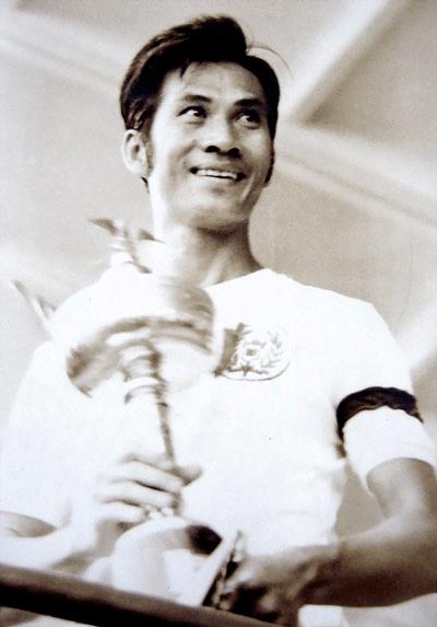 Phạm Huỳnh Tam Lang và Merdeka Cup . Nguồn: OntheNet