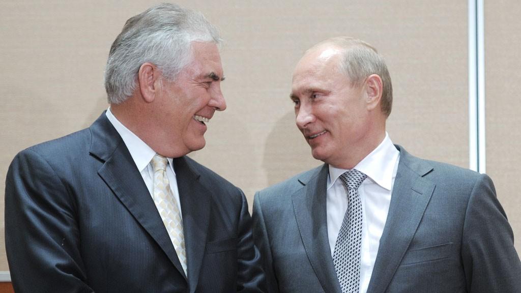 Rex Tillerson bà Vladimir Putin. Nguồn: ALEXEY DRUZHININ/AFP/Getty Image