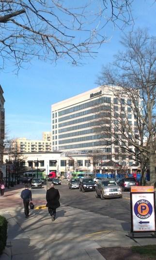 Államhatár: a járda még DC, de a szemközti házak már Marylandhez tartoznak