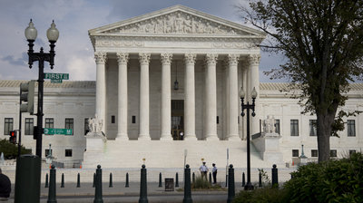 Supreme Court: Police May Not Detain Traffic Violators Longer Than Necessary