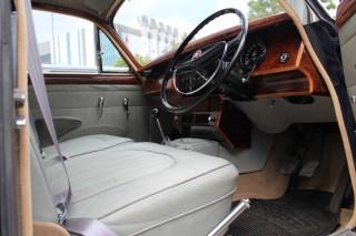 Jaguar MK II interior