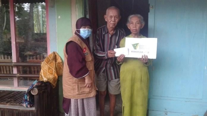 DDHK Salurkan Bantuan untuk Dhuafa Banyumas dan Tangerang Selatan