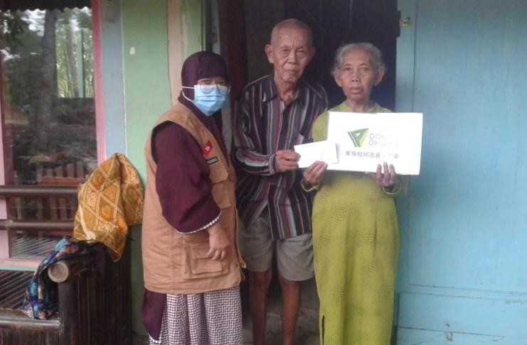 DDHK distribue de l'aide à Dhuafa Banyumas et au sud de Tangerang